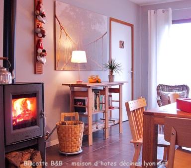 chambre d 39 hote decines charpieu lyon est biscotte hotel b b. Black Bedroom Furniture Sets. Home Design Ideas